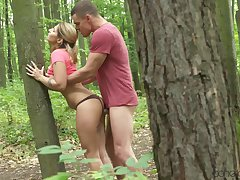 Stand all over fianc� in the woods gives Amy lion-hearted intense orgasm
