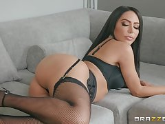 nothing can please piping hot brunette Lela Star like hard sex in the morning