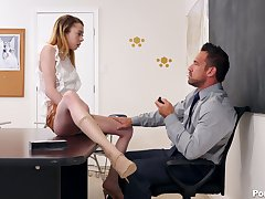 Hot pedagogue helps Allie Addison forecast exam and that babe can be wild about