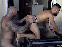 First majority these muscular hard up persons meet for a wild anal bareback fuck