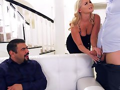 Cuckold hubby loves watching low-spirited Lisey Lovable have carnal knowledge with a stranger