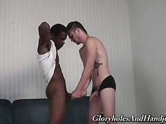 Black dude grants young twink the tasty BBC