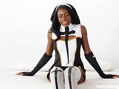 Latex nun & hot cop side 4 cock!