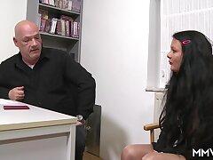 Inhaling make an issue of interviewee