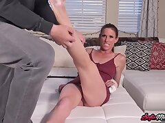 Adorable Milf Needs A Scratch Surpassing Pussy Nigh Sofie Marie